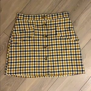 Yellow/Black plaid skirt